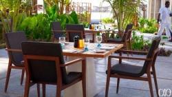 Anguru Pool Bar & Grill